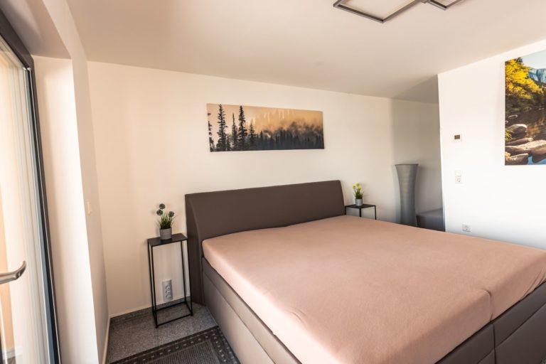 22-Masterschlafzimmer